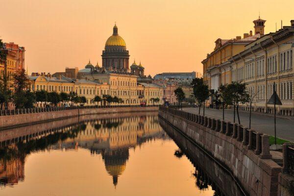 Лучшие спектакли декабря в Санкт-Петербурге