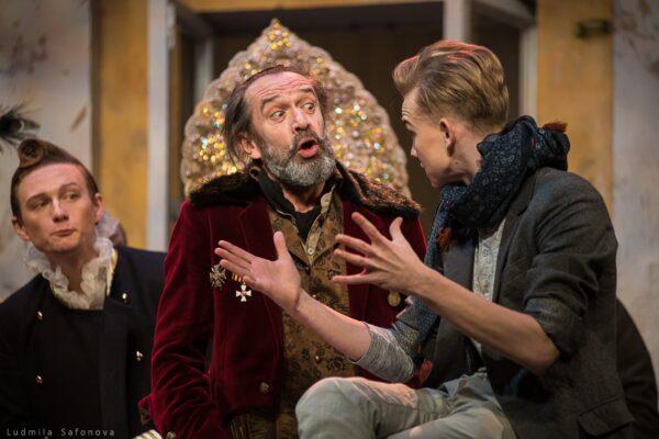 Спектакль «Ревизор», Театр Олега Табакова. Засиделись господа в уездном городе, пора и встряхнуться