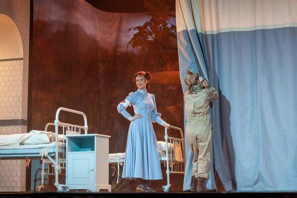 Нонна Гришаева в спектакле «Питер Пэн», МОГТЮЗ. Фоторепортаж