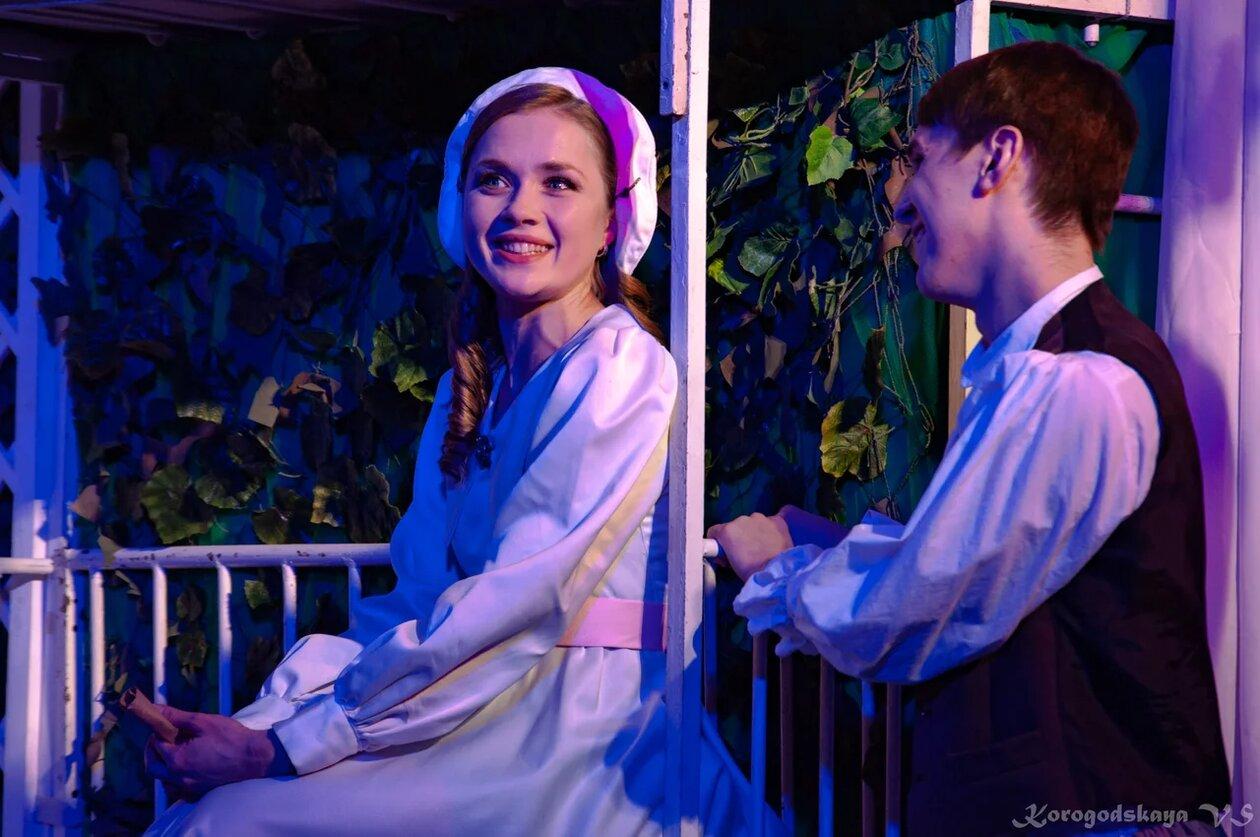 Спектакль «Уроки любви», театр МОСТ. Битва за любовь