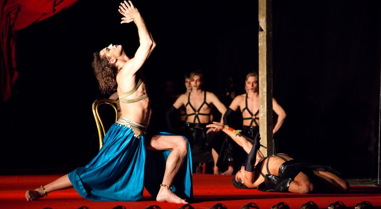 Спектакль «Саломея», Театр Романа Виктюка. Страсть, кровь, опасность, смерть