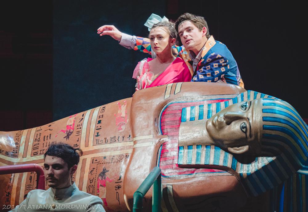 «Танго» в Театре Романа Виктюка. Бунт или торжество мелкого зла? Фоторепортаж