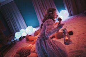 Read more about the article В Москве стартовали показы первого иммерсивного спектакля для всей семьи «Андерсен навсегда»