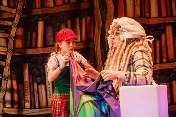 Мюзикл «Красная шапочка и серый волк», Москонцерт Холл. Старая сказка на новый (очень неожиданный) лад