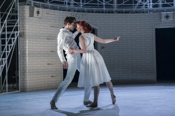 «Ромео и Джульетта» Мэтью Борна. Трагедия и надежда закрытого мира