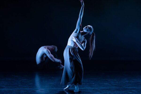 Дано мне тело — что мне делать с ним? Как в Воронежском Камерном театре танцуют Мандельштама