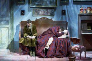 «Уснуть бы… и не проснуться…». Спектакль «Обломов» в театре им.Вл.Маяковского