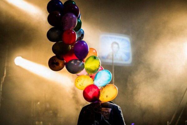 Через экран прямиком в сказочную антиутопию: онлайн-версия спектакля «Три толстяка» БДТ