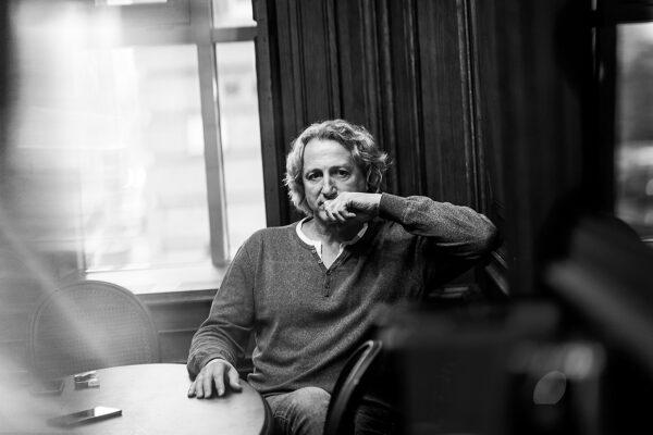 Интервью с Виталием Егоровым про честные роли, родство по масти и чудо взаимодействия: «Всё лучшее в театре случается по любви!»