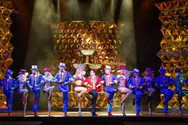 Впервые в России: премьера мюзикла «Мисс Сайгон» в Санкт-Петербургском театре Музыкальной комедии