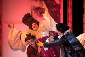Read more about the article Праздник жизни в Театре Олега Табакова. Спектакль «Мольер, avec amour»