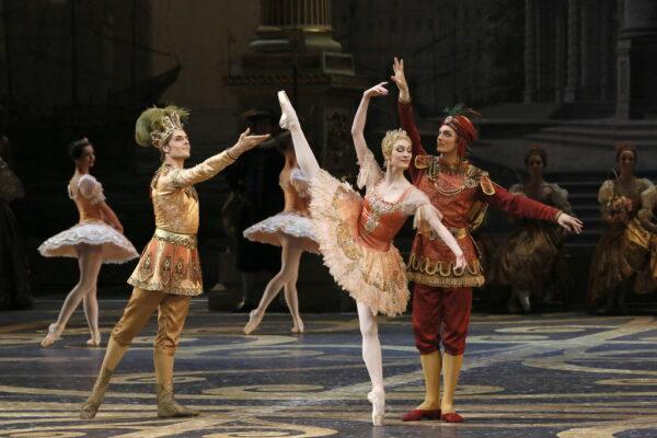 Тёплый и душевный вечер с красавицей балета. TheatreHD показали «Спящую красавицу» с Ольгой Смирновой в заглавной партии