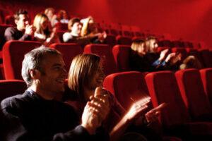 Кинопремьеры марта: зимний спорт, южные приключения и страшные истории