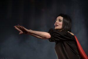 Read more about the article Помирать, так с музыкой! Спектакль «Вишнёвый сад. Комедия», Театр на Таганке