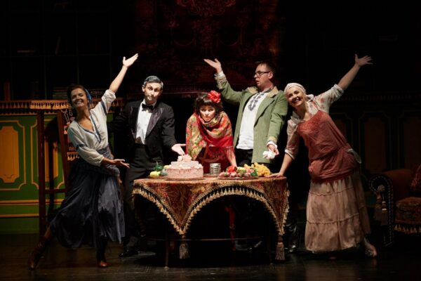 Комедия «L'amour по-сербски» в театре «Буфф»: любовь побеждает всё!
