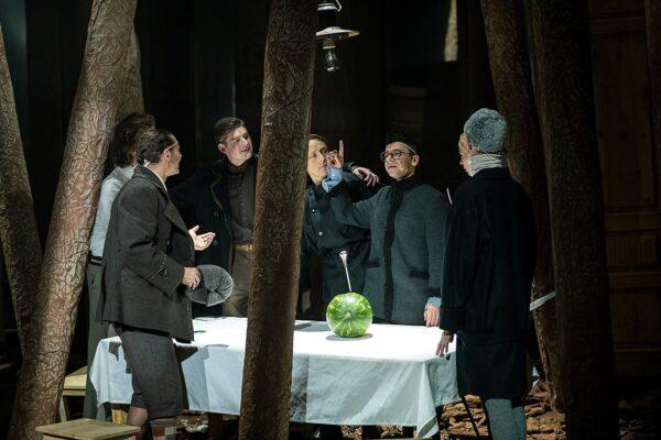 Препятствие пустоты. Премьера спектакля «Пир» в Театре Романа Виктюка