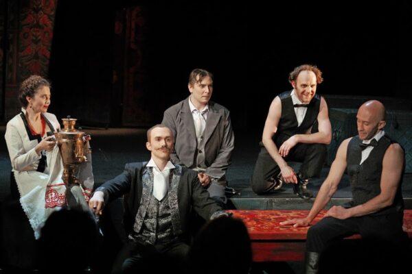 Лекарство от хандры. Премьера «На бойком месте» в Театре Терезы Дуровой