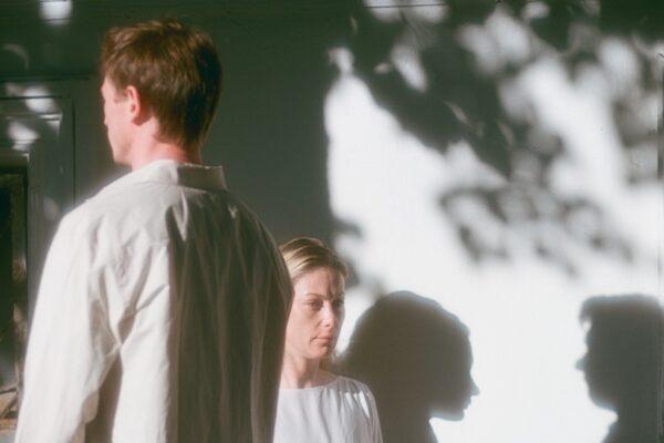 Трое за столом, не считая Маркуса, премьера спектакля «Летние осы кусают нас даже в ноябре», Театр.doc