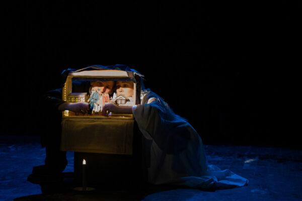 Спектакль «История любовная» в театре Джигарханяна. Фоторепортаж