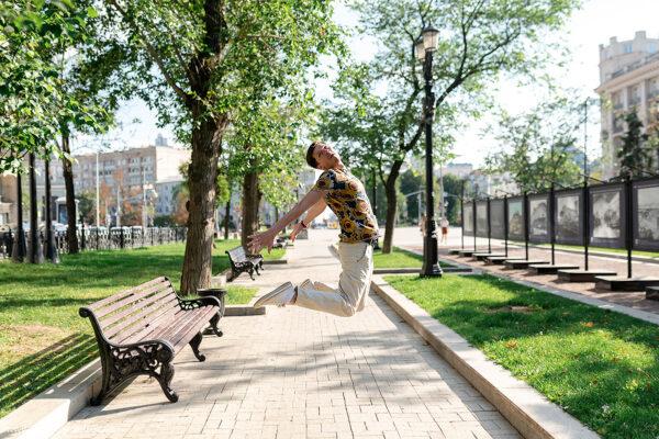 Павел Степанов: « Я актер, мне не должно быть удобно на сцене»