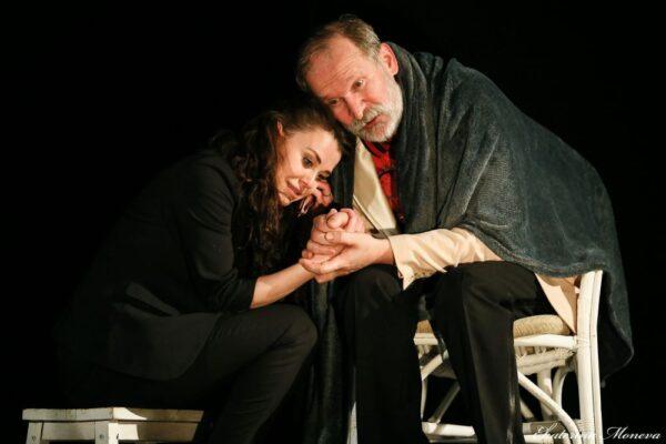 «Жизнь прекрасна!» Спектакль «Спасатель» в Театре Антона Чехова