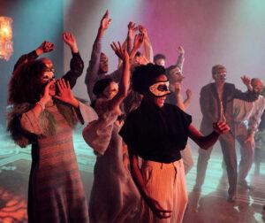 Read more about the article Трагедия крупным планом. «Ромео и Джульетта» Национального театра Великобритании — премьера на российских экранах
