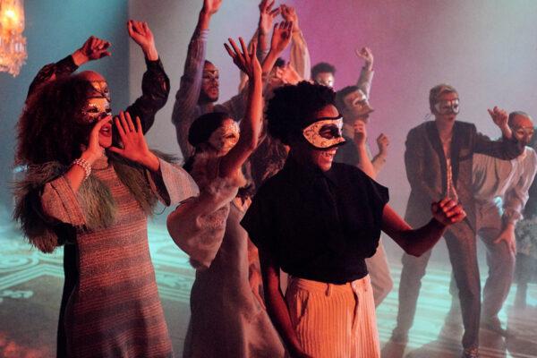 Трагедия крупным планом. «Ромео и Джульетта» Национального театра Великобритании — премьера на российских экранах
