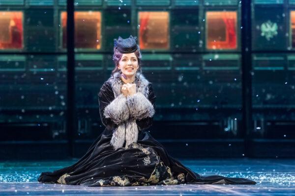 «Живите легче, легче, легче!..» Мюзикл «Анна Каренина» в Московском театре оперетты